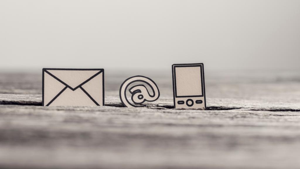 email arroba celular